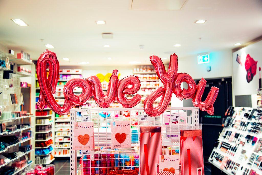 Valentijnskaart te commercieel?